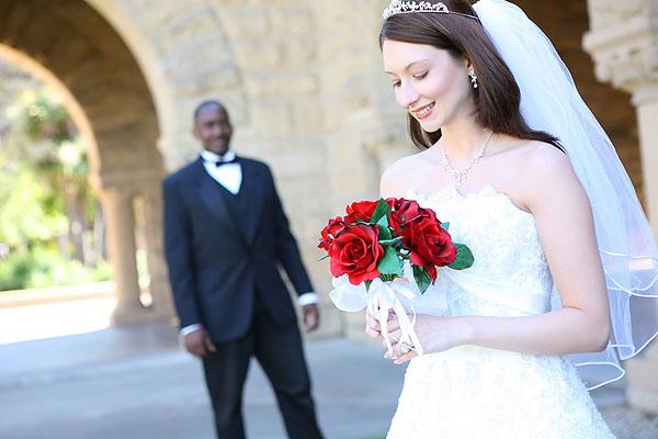 Брак за пределами России