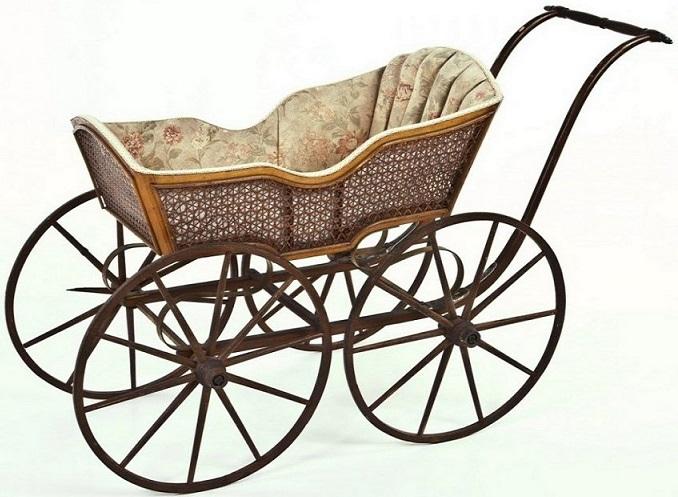 детская старинная коляска